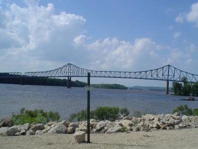M S River Bridge