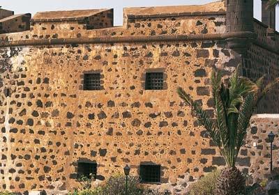 Museo Internacional De Arte Contemporaneo - Castillo De San Jose