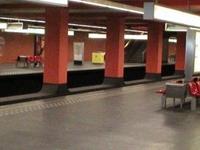 Beekkant estación de metro