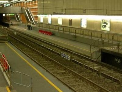 Boileau Premetro Station
