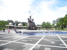 National Monument Square And Statue