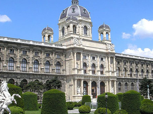 Vienna Sightseeing Tour with Danube Boat Ride Photos