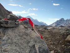 Ngozumba Glacier Trek - Cho La Pass - Nepal Himalayas
