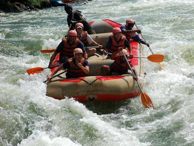 Source of the Nile and White Water Rafting Photos