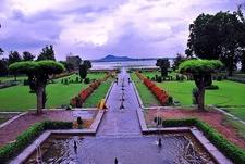 Nishat Mughal Garden Overview - Srinagar