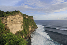 Ocean Swells At Uluwatu
