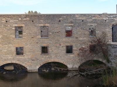 Old  Lindsay  Mill