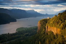 OR Crown Point Overlooking Columbia River Gorge