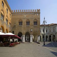 Palazzo Dei Trecento