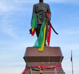 Phraya Chaisunthon Monumento