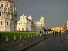 Piazza Dei Miracoli Evining