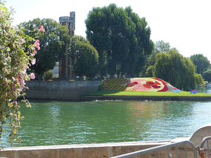 Private Provence Tour: Rhone River Cruise and La Camargue Photos