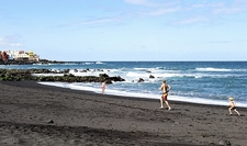 Puerto Cruz De Tenerife Black Sand Beach - Canary Islands