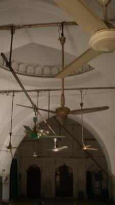 Sat Gambuj Mosque Interior