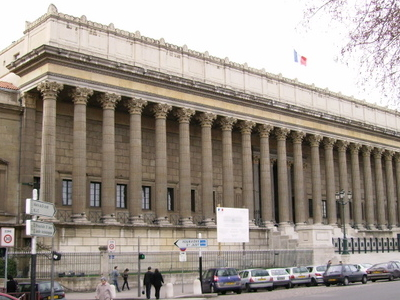 Palais De Justice Historique De Lyon