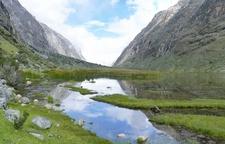 Quebrada Santa Cruz En Ancash - Cordillera Blanca Peru