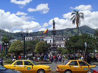 Visit Quito by the Best Way