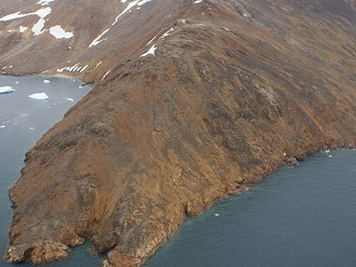 Qullikorsuit Island