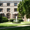 Queen\'s Court Residential College