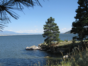 Canyon Ferry Lake