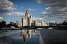 Residential Building On Kotelnicheskaya Waterfront