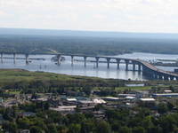 Richard I. Bong Memorial Bridge