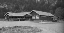 Rising Sun Auto Camp At Glacier - USA