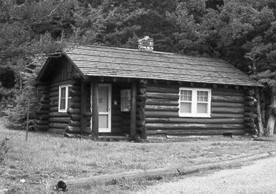 Roes Creek Camptender's Cabin - Glacier - USA