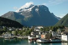Romsdal Fjord - Berg Norway