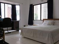 WHITE HOUSE BED & BREAKFAST