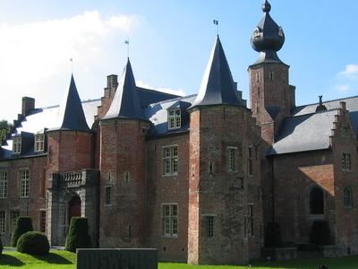 Rumbeke Castle