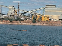 Guardabosques mina de uranio