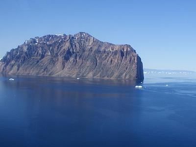 Salleq Island