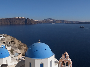 Traditional Santorini Sightseeing Bus Tour Photos