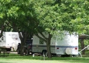 Seven Bluff Cabins & Rv Park