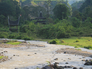 Sumatra Overland Tours and Rafting Photos