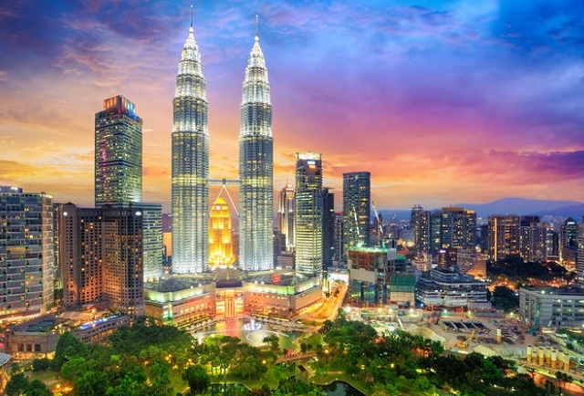 Singapore And Malaysia Super Saver Photos