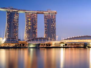 Experience Serene Singapore