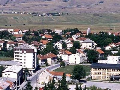 Glamoc Town