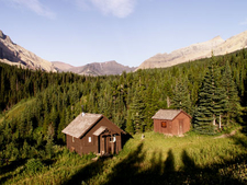 Slide Lake-Otatso Creek Patrol Cabin And Woodshed - Glacier - USA
