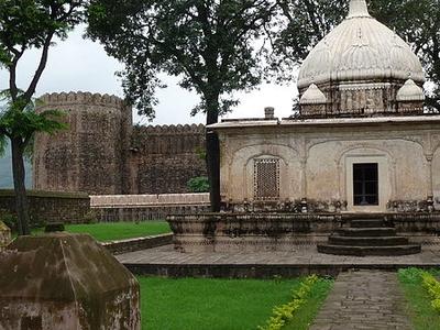 Small Mausoleum Around Ramnagar Palace