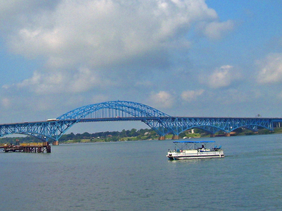 South Grand Island Bridge