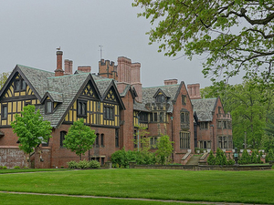 Hywet Stan Hall and Gardens