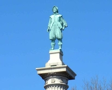 Statue At Top Of Henry Hudson Column
