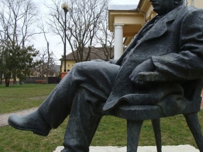 Statue Of István Györffy, Karcag