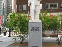 Norman Bethune Square