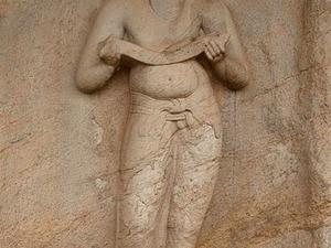 Estatua de Parakramabahu