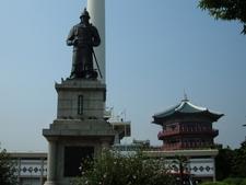 Statue Of Yi Sun-sin