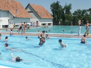 Strand y bañera de hidromasaje