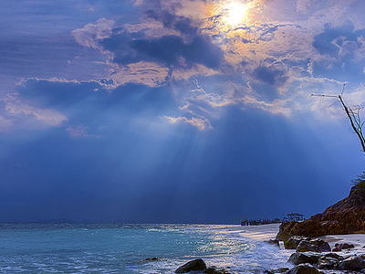 Sunrays At Rawa Island